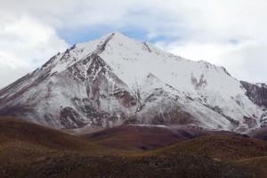 montagne enneigée dans le sud lipez Bolivie