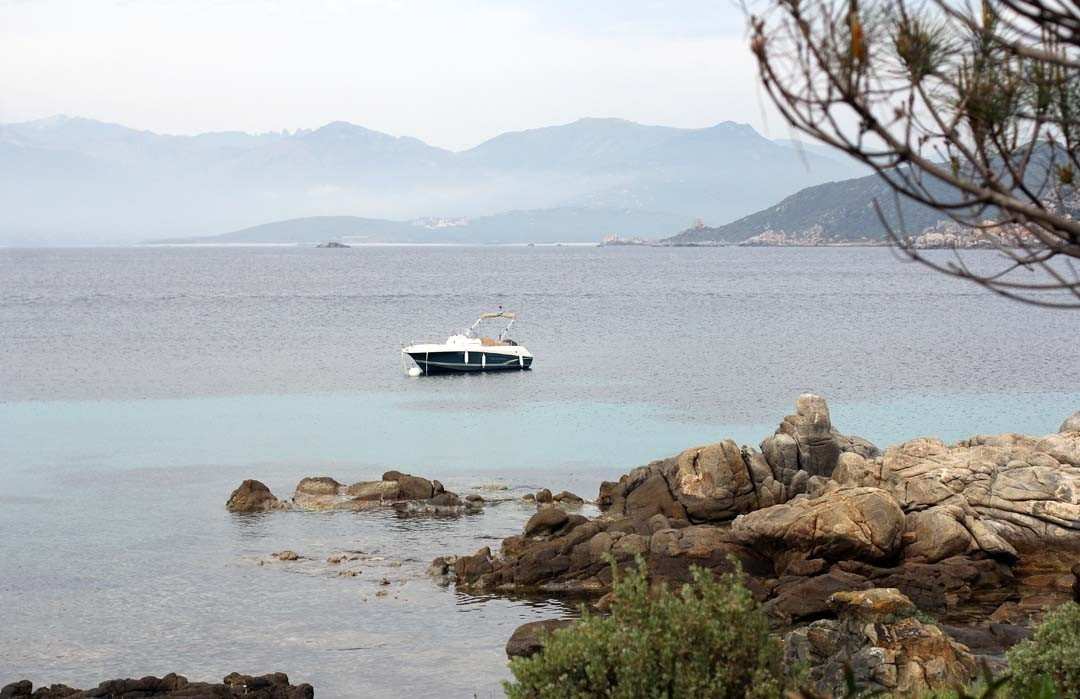 Bateau à Belvédère Campomoro en Corse