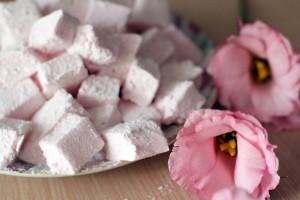 Recette facile de guimauves à la rose