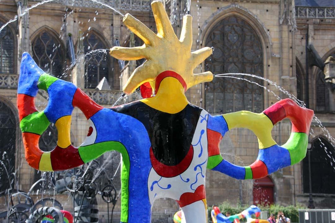 Sculpture couleurs les Halles Paris