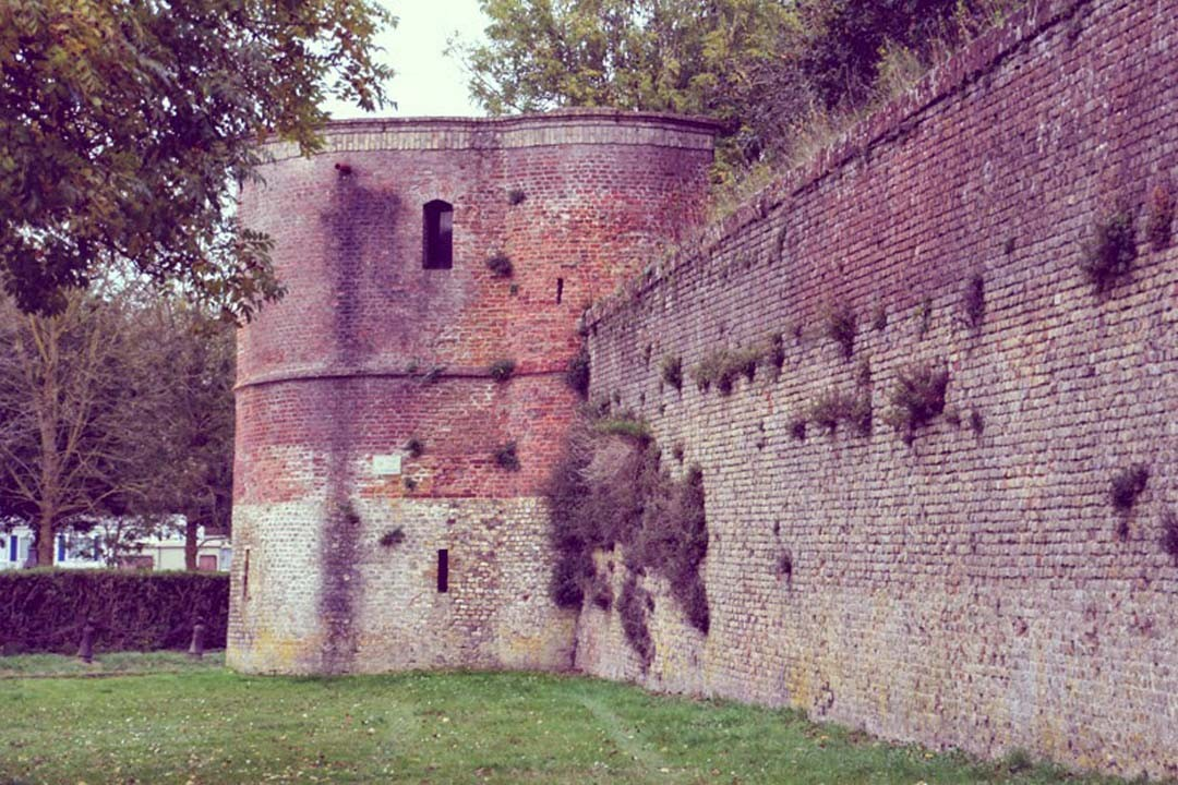 Bergues fortifications