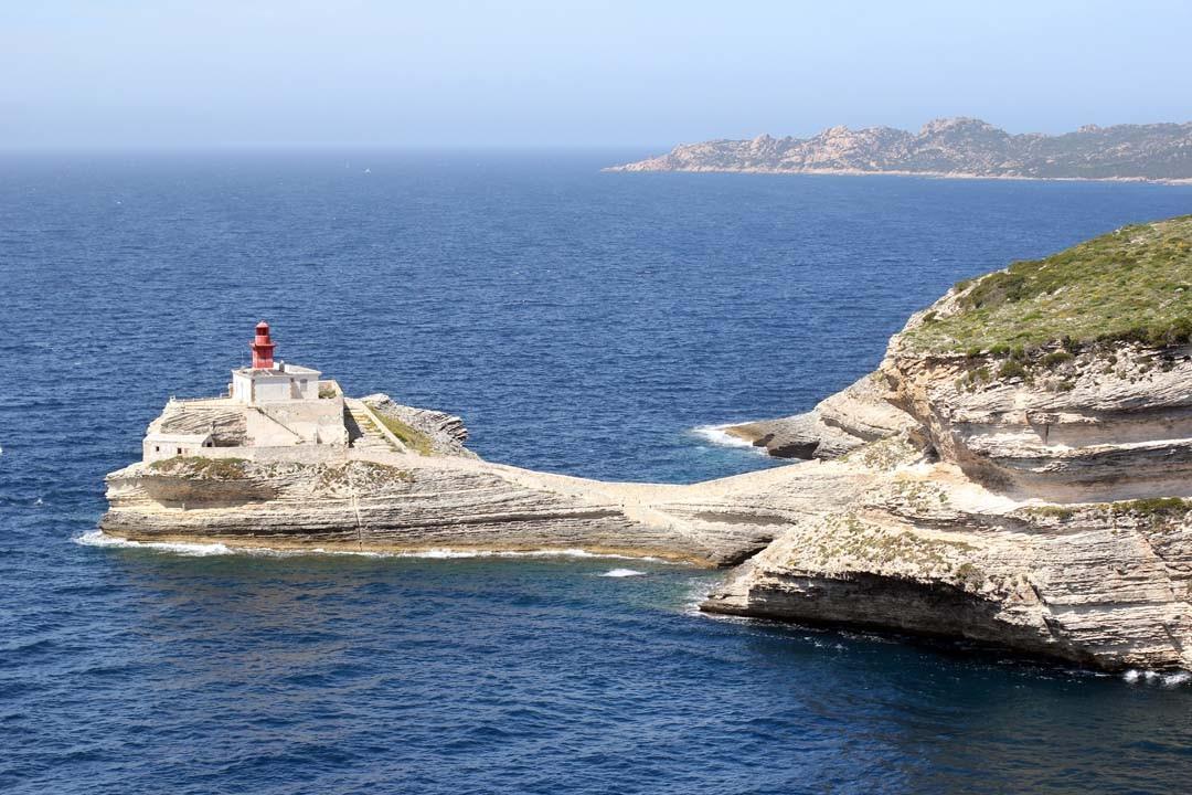 Cap phare Falaise calcaire Bonifacio Corse