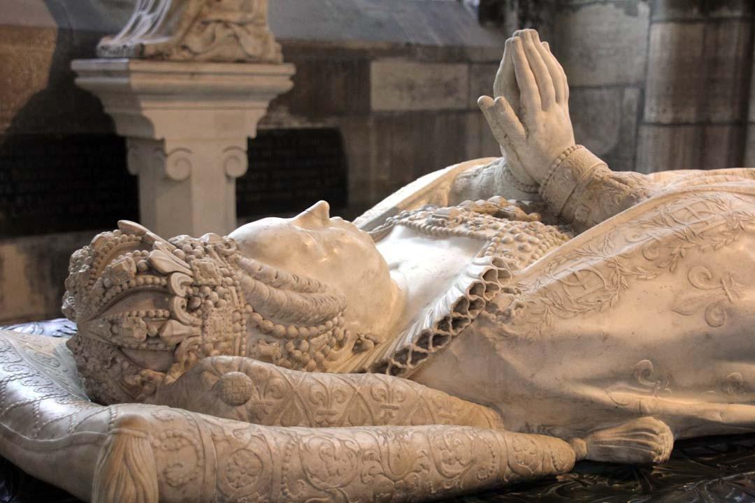 Gisant à la Basilique Saint-Denis