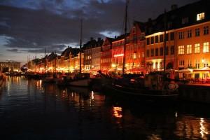 Nyhavn Port de Copenhague la nuit