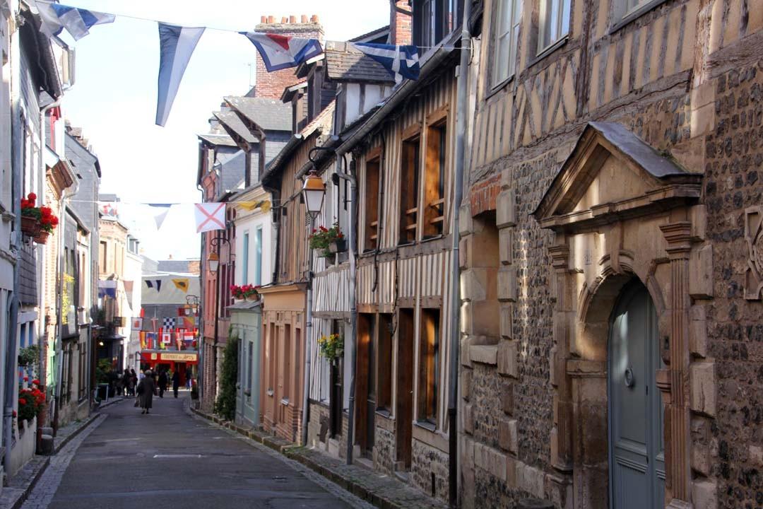 Rue Centre-ville Honfleur Normandie