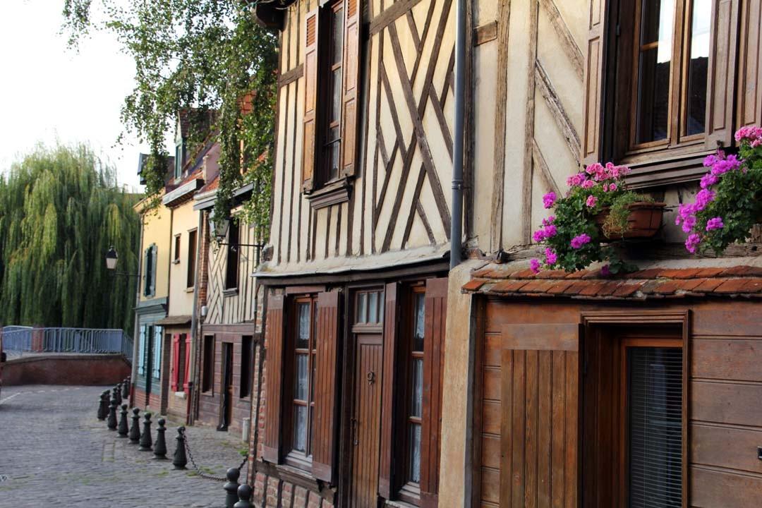 Maisons typiques Amiens quartier Saint Leu