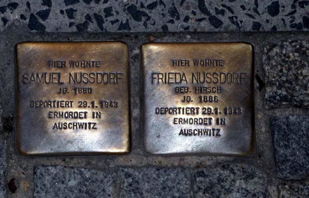 Plaques commémoratives déportation juive à Berlin