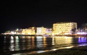 Fiesta à Ibiza sur la plage