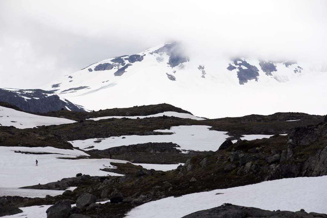 Montagnes du Jotunheimen en Norvège et ski de fond