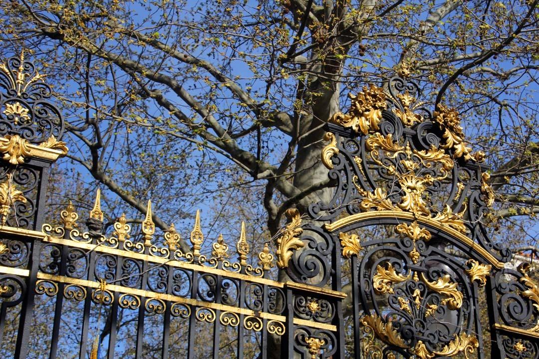 Portail et grille du parc Monceau