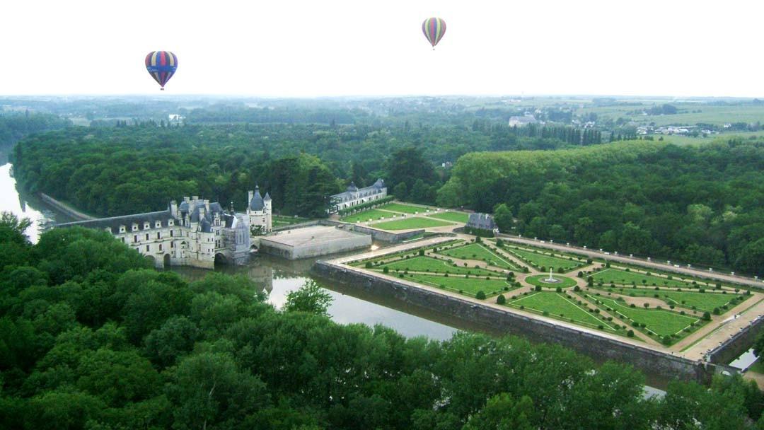 Château de Chenonceau et montgolfières