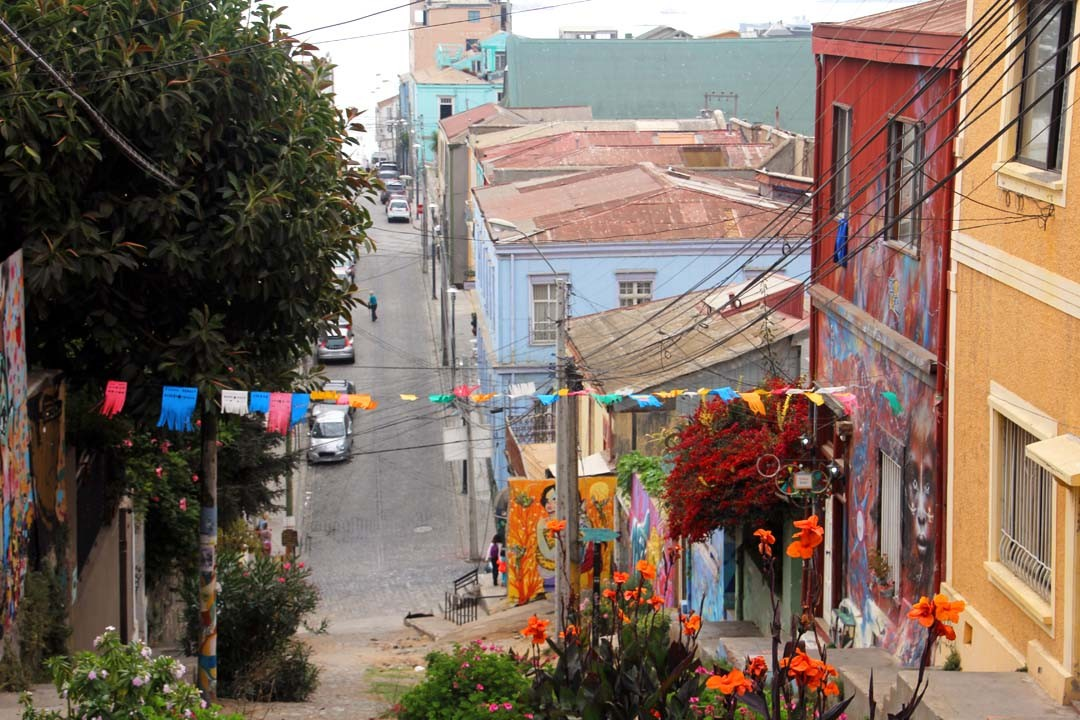 Rue à Valparaiso au Chili