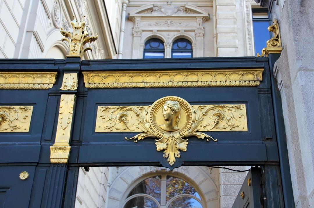 Hôtel de la Païva sur les Champs Elysées