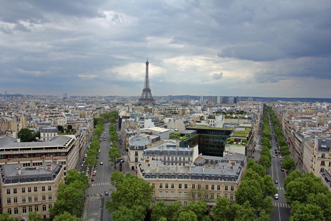 Vue terrasse Arc de Triomphe Paris