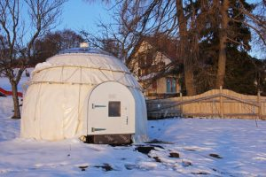 Dormir dans un igloo, hébergement insolite Jura