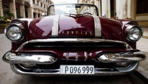 Vieille voiture vintage à Cuba