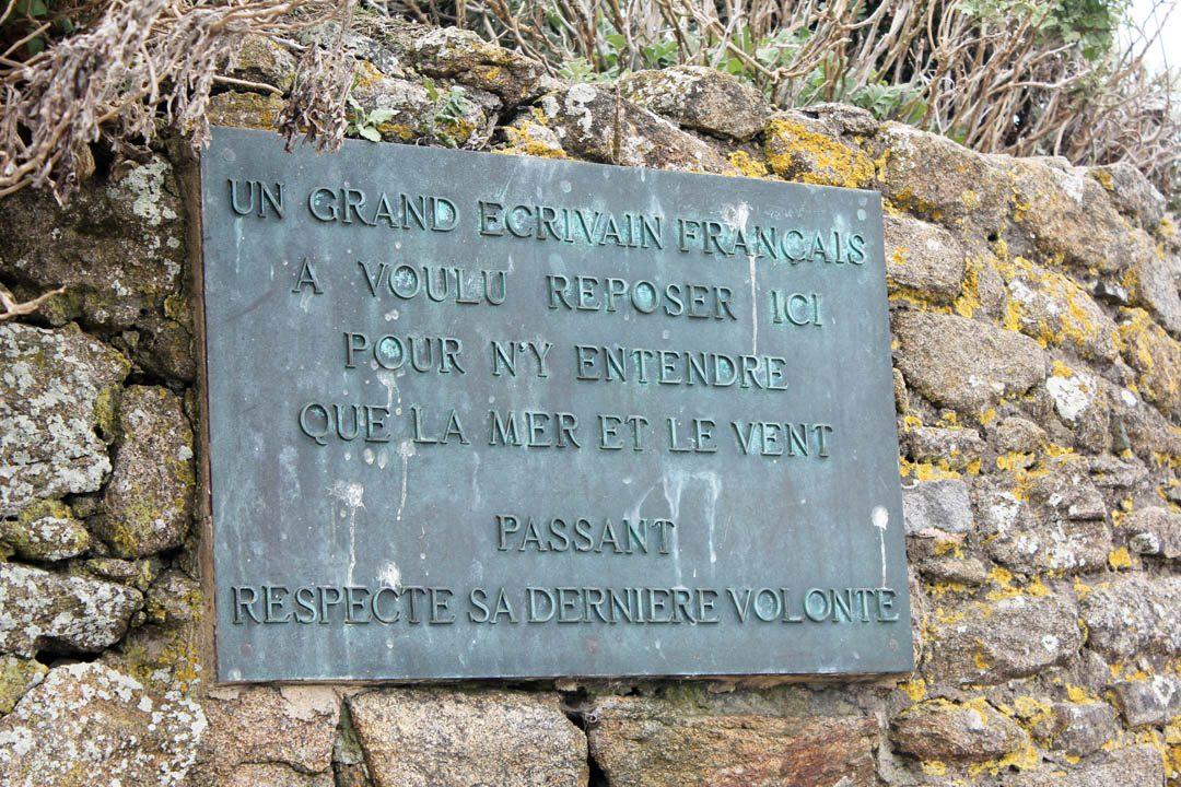 Tombeau de Chateaubriand sur l'île de Grand Bé à Saint-Malo