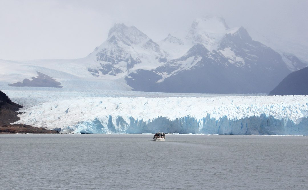 Faire du bateau au Glacier Perito Moreno en Argentine | www.happyusbook.com