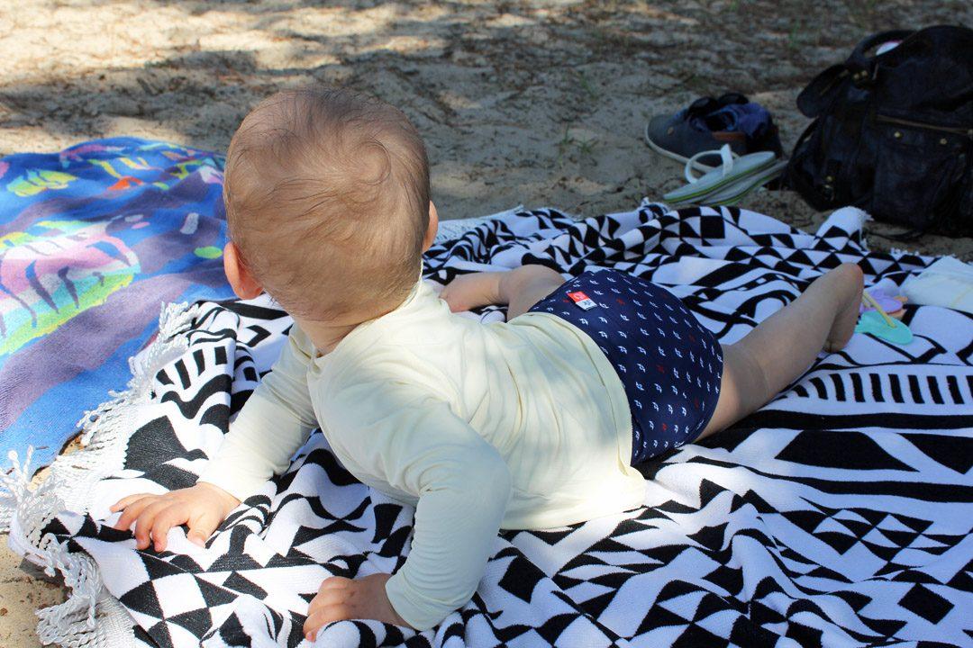 Vacances avec bébé, plage, maillot de bain Hamac
