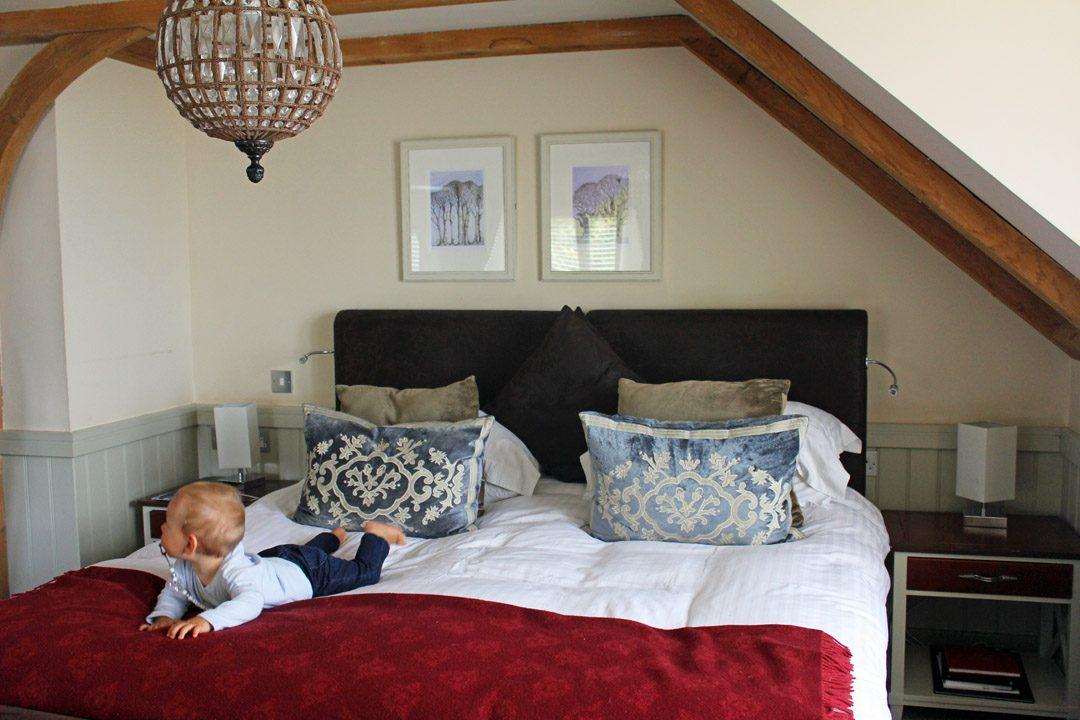 Dormir à l'hôtel avec un bébé | www.happyusbook.com