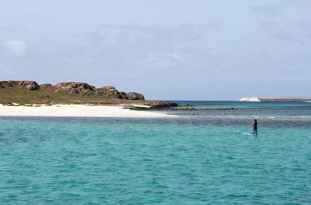 Faire du paddle sur l'île de Boa Vista au Cap Vert