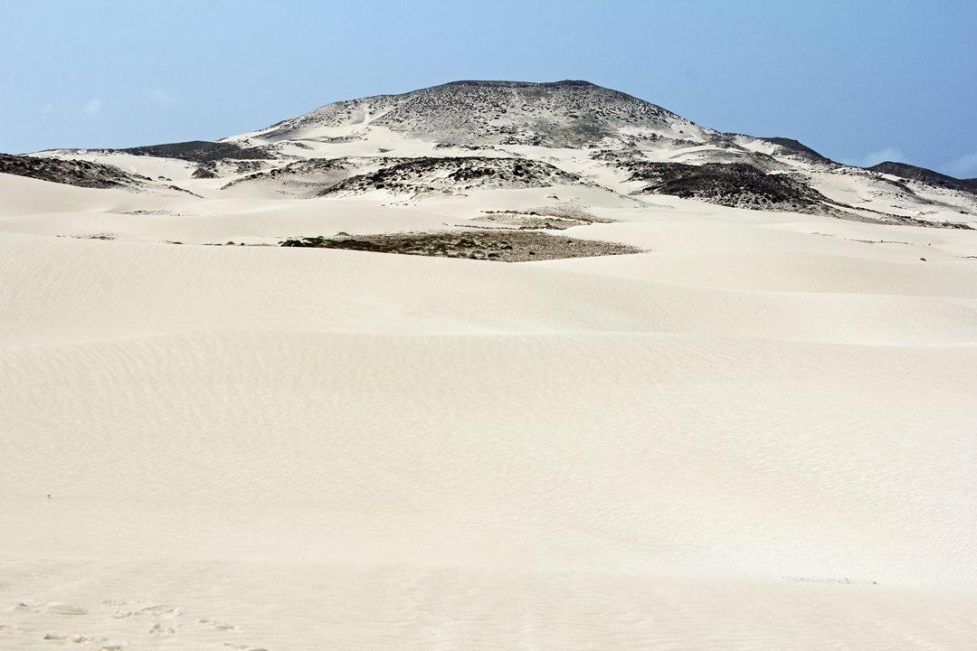Paysage lunaire des Dunes de Chaves au Cap Vert