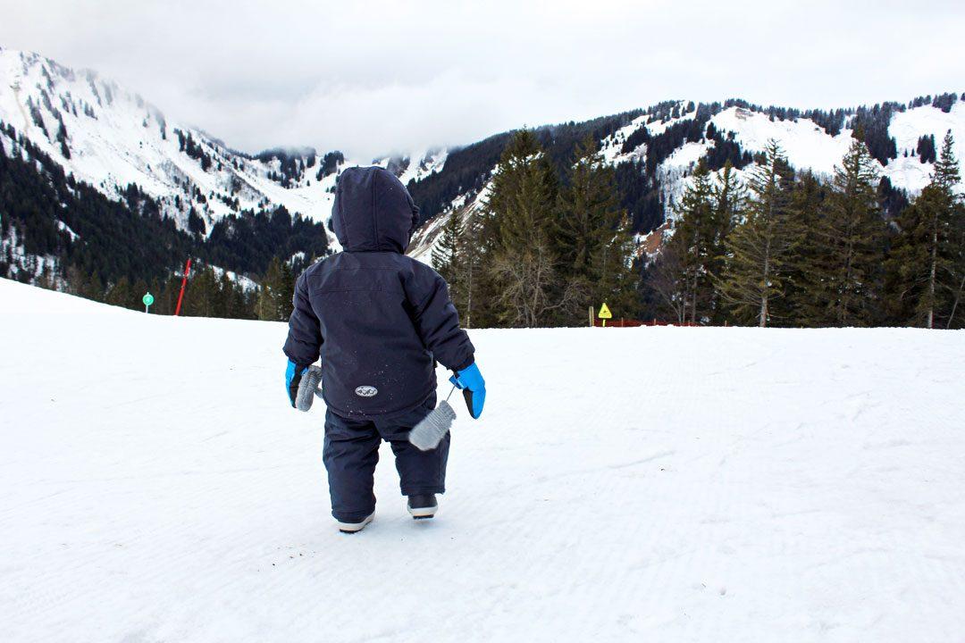 Conseils pour partir à la montagne avec bébé