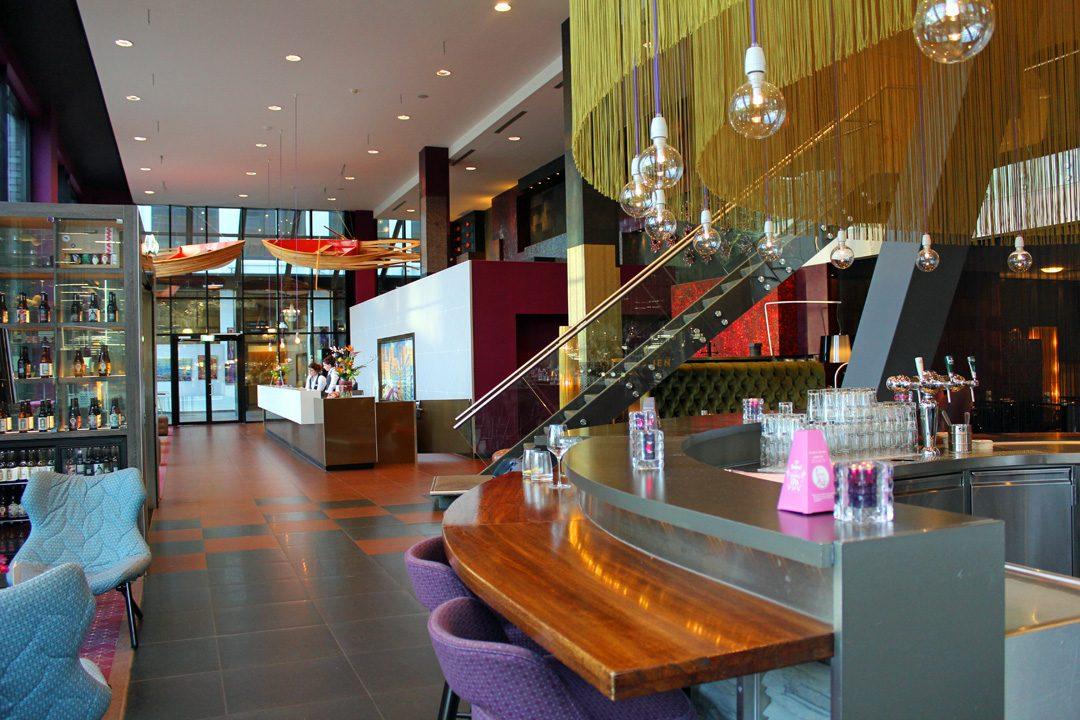 Bar de l'Inntel Art Hôtel à Eindhoven