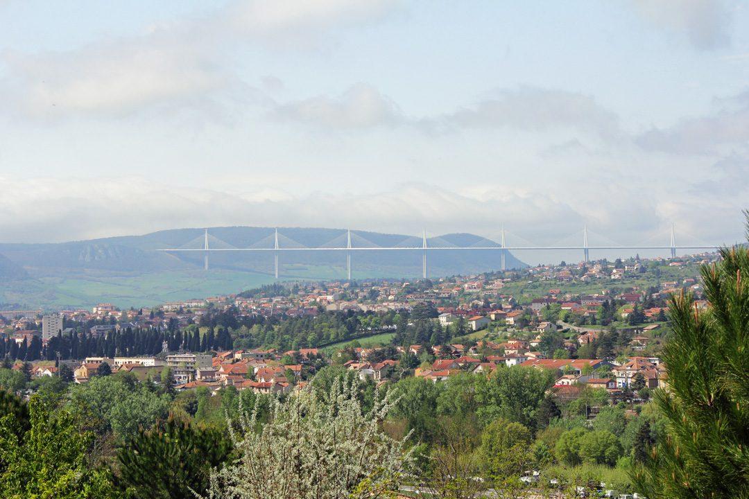 Vue du viaduc depuis le domaine de Saint Esteve