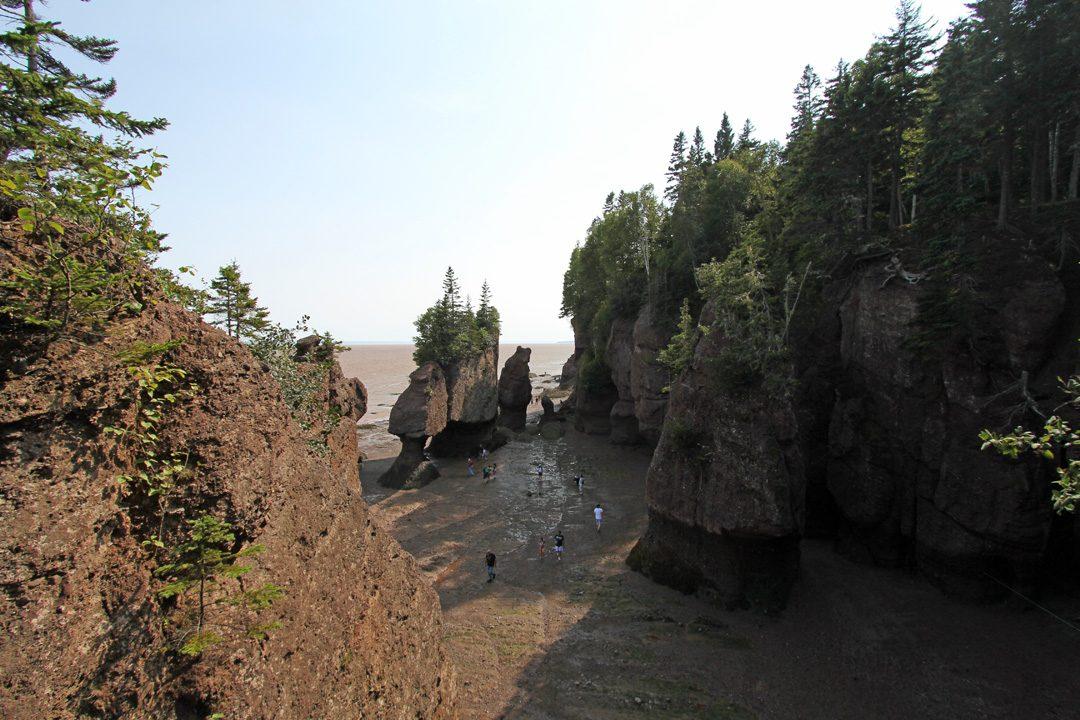 Hopewell Rocks ou pots de fleurs au Canada